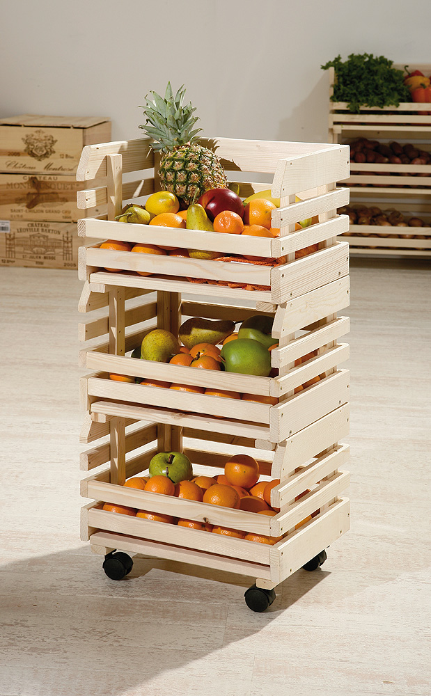 Из ящиков из под фруктов